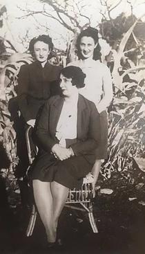 Ailsa (top L) Edna (top R) Margaret sitting