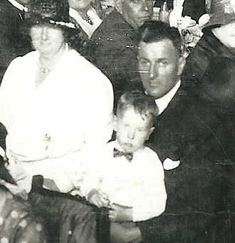 George and Jean Teale with son George 1932