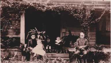 Maud and John with Mary, Alexander and William